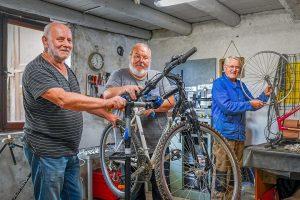 atelier de réparation de vélo - syndicat des initiatives de Courcelles-Chaussy--53c43170